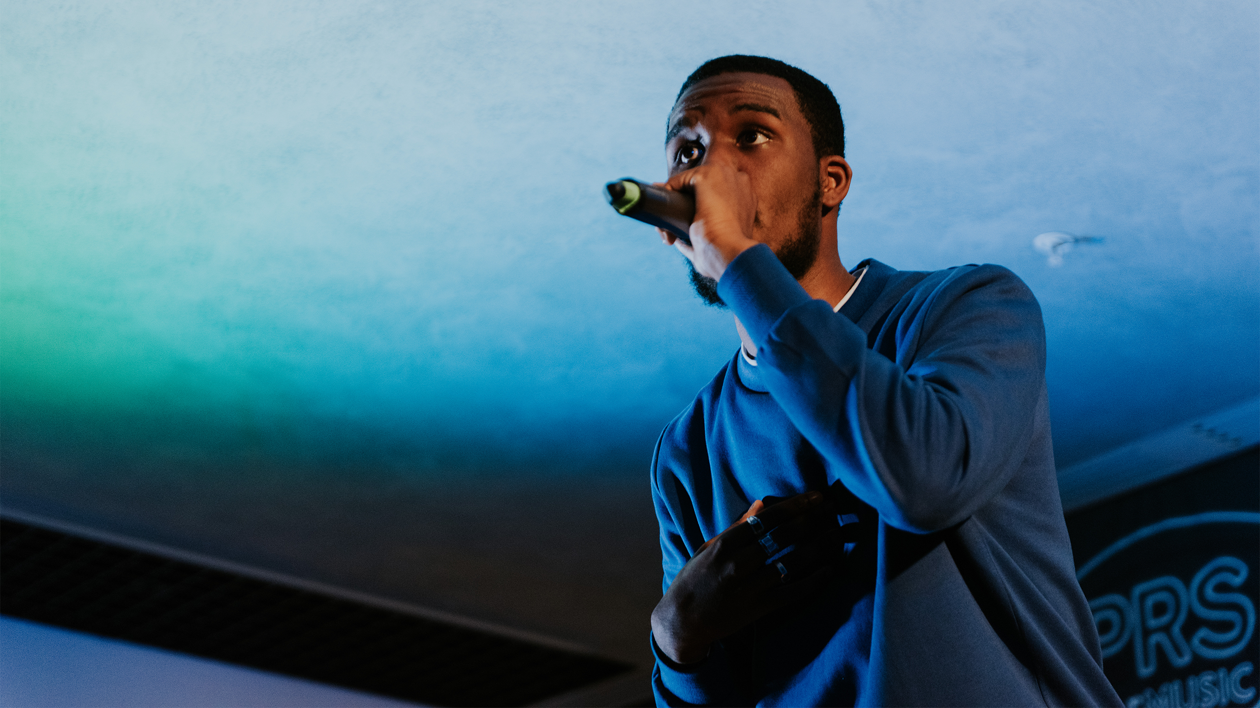 Novelist performs at PRS for Music Presents
