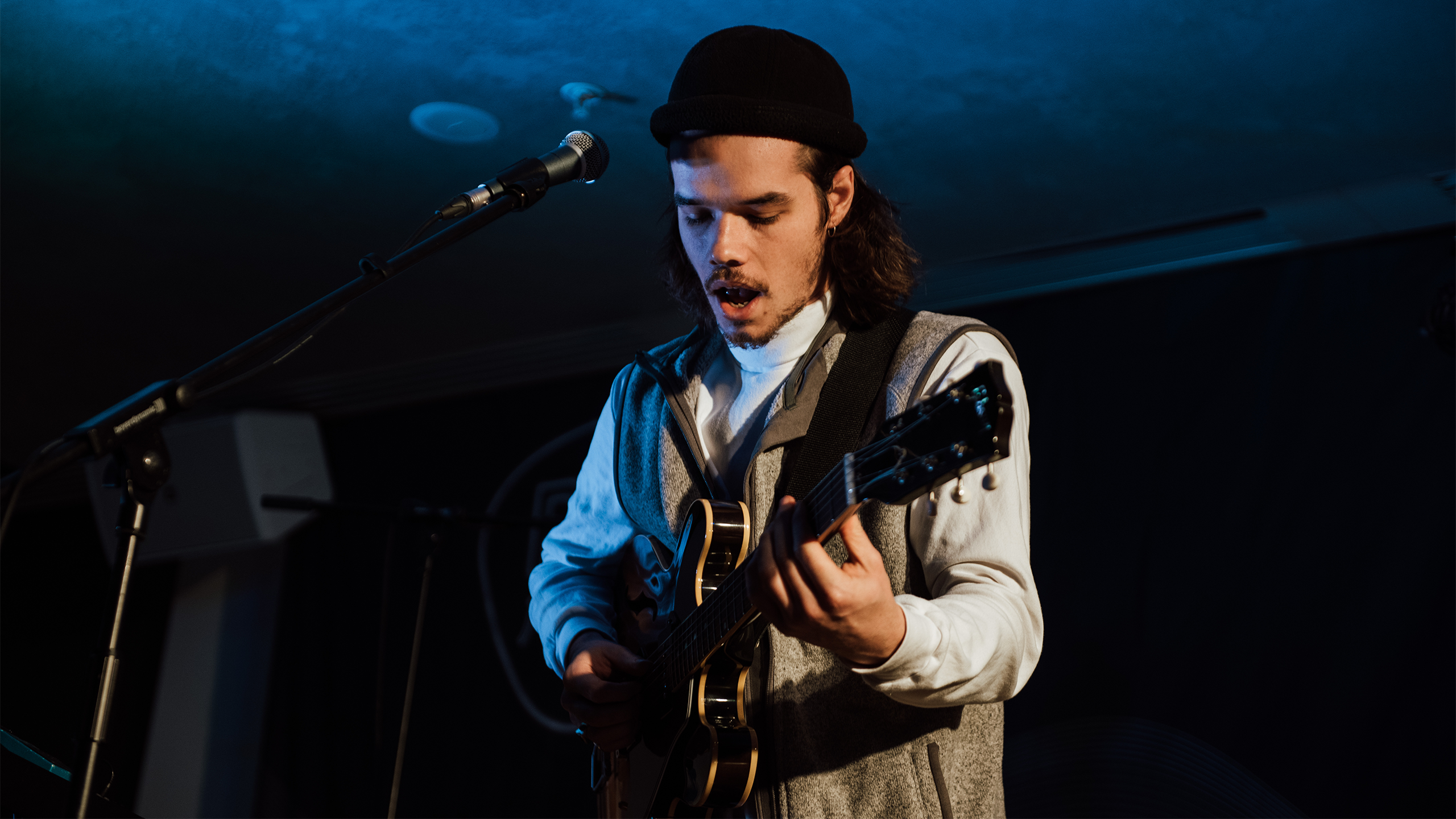Oscar Jerome performs at PRS for Music Presents