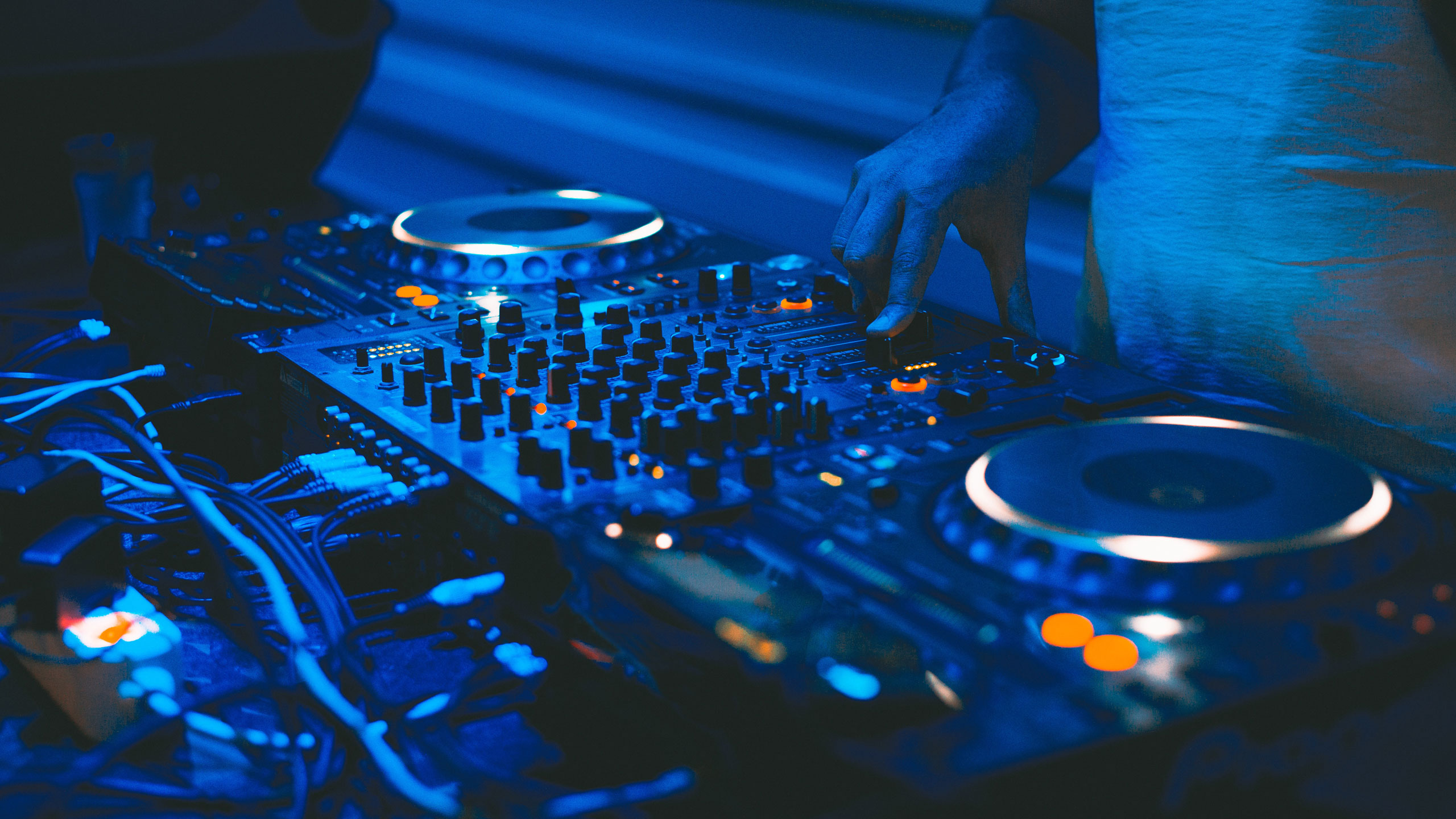 Dance Music Industry Back Prs For Music And Ppl As Music